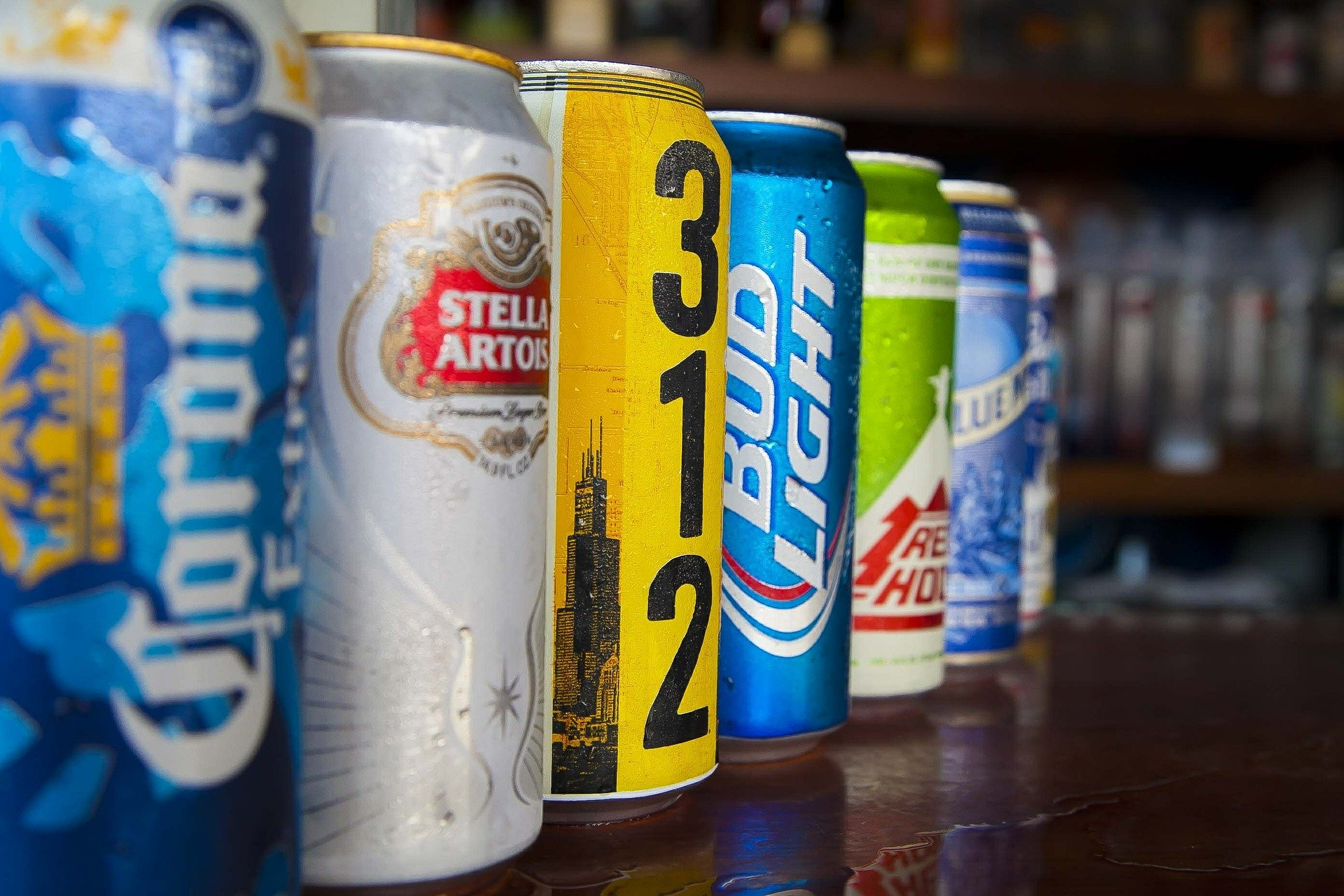 cans-526011_1920